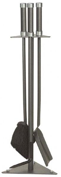 Kaminbesteck 3-teilig, in 3-eckiger Form, anthrazit beschichtet, Griffkappen aus Chrom, Höhe 62cm