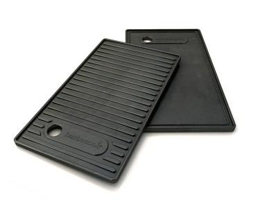 Grillplatte für Brahama, emailiertes Gusseisen, mit flacher und gerippter Seite 24x42cm